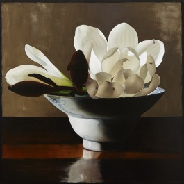 White magnolia in little Qing bowl